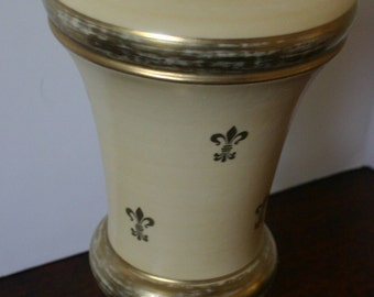 Vintage Fleur De Lis Lamp Brass Base w Gold Accents Gorgeous