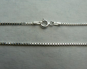 "Sterling silver 2mm 3g Venetian box chain 18"" or 46cms"