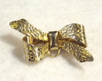 Vintage Bow Watch Pin - Costume Jewelry - Goldtone Bow Brooch - Classic Simple Jewelry