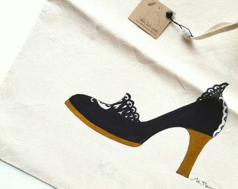 Hand Painted Woman Travel Shoe Bag