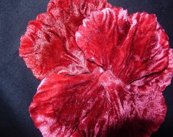 Vintage 30's embossed velvet flower petals (5) decoration for hat millinery sewing projects poppy red