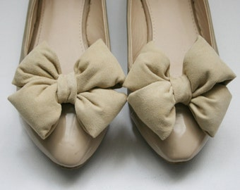 Beige Suede Bow Shoe Clips
