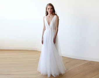 Ivory sequins bridal tulle gown, Tulle and sequins wedding gown 1094
