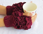 Frilly fingerless gloves cozy hand knitted mittens hand Knit elegant ruffled claret red gloves frilly gloves autumn winter 2015 fashion