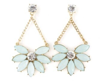 Exquisite Gold Tone Light Green Crystal Dangle Earrings,B17