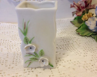 Vintage shabby chic le fleur porcelain toothpick holder little flowers party ware by herminss cottage
