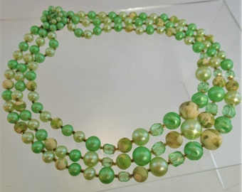 FREE Shipping Vintage Triple Strand Mint Green Beaded Faux Pearls Necklace Beads