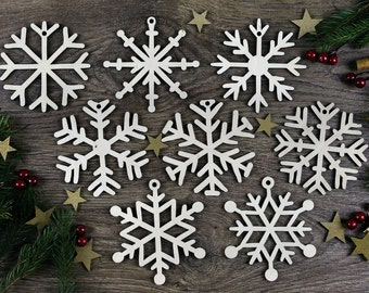 Set of 8x Christmas Wooden Snowflake Ornaments / Laser Cut Wood Decor / Christmas Gift