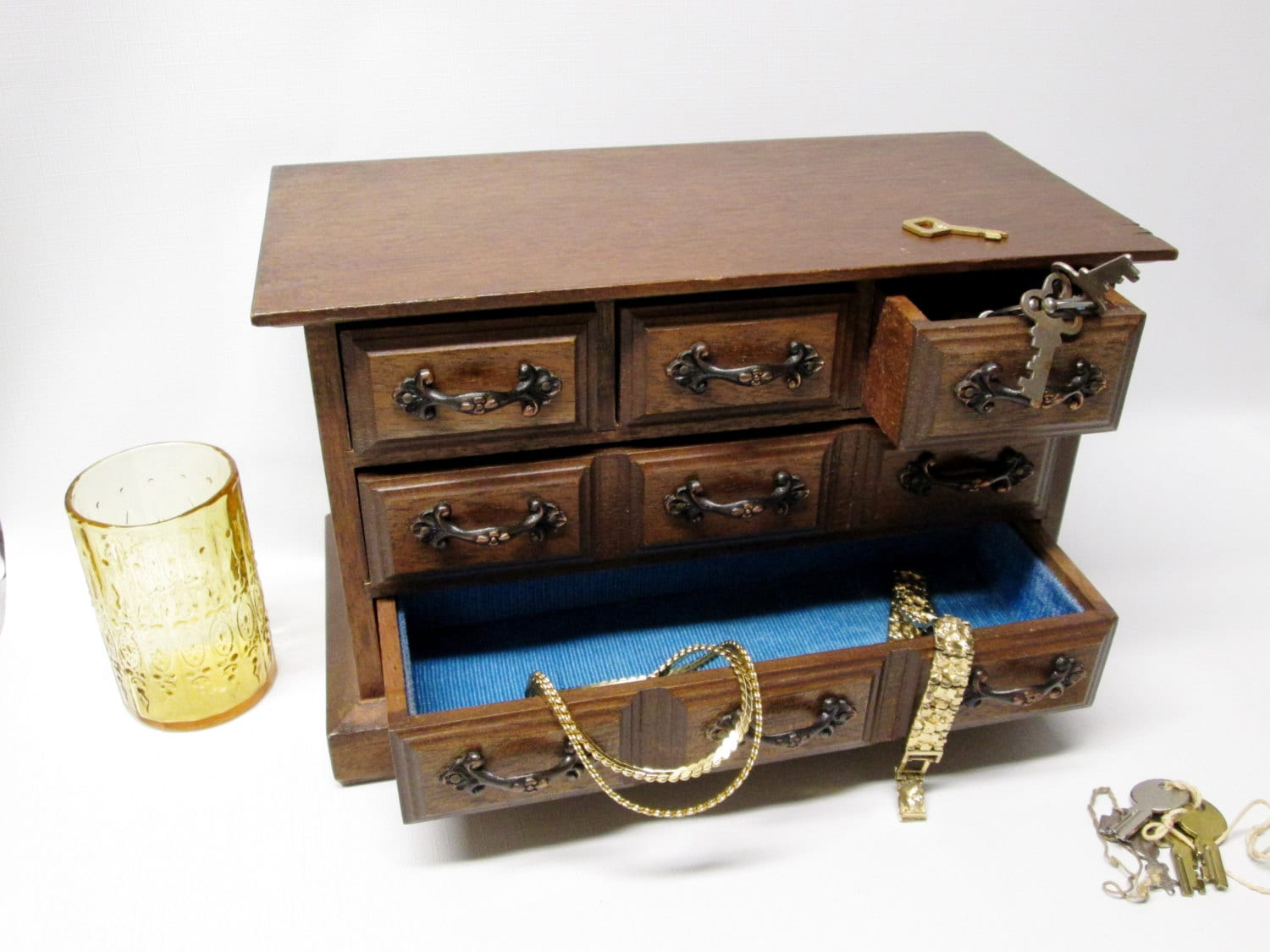 jewelry chest w 5 drawers light blue drawer lining. Black Bedroom Furniture Sets. Home Design Ideas