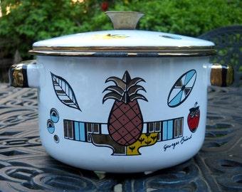 Mid Century Georges Briard Ceramic Pot with Lid, Retro Cookware