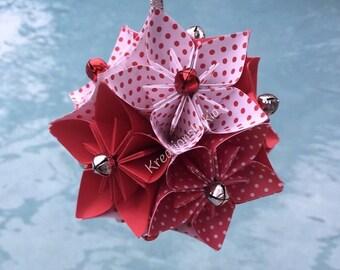 Origami Paper Flower Kissing Ball Pomander //Kusudama/ Origami/ Paper Flowers/ Pomander Kissing Ball/ Paper ball