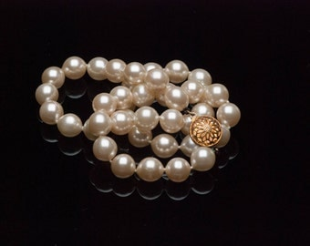 """Vintage Glass Pearl Necklace Champagne Handknotted  10mm 18"""""""
