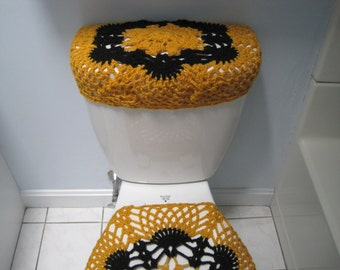 gold toilet seat cover. Crochet Toilet Tank Lid Cover or toilet seat cover  gold black TTL9P Set of Owl and Seat Covers