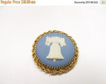 ON SALE Vintage 1/20 12kt Gold Filled Wedgwood Liberty Bell Pin Item K # 2769