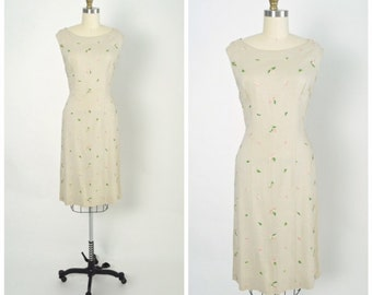Vintage 1950s 50s Wiggle Dress Rayon with Floral Embroidery Hourglass