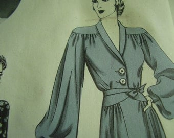 Vintage 1940's Hollywood 731 Betty Grable Dress Sewing Pattern, Size 14, Bust 32
