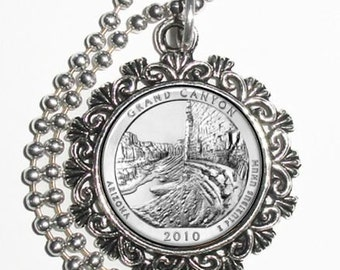Grand Canyon National Park (Arizona) Art Pendant, USA Quarter Dollar Image, Round Photo Charm Necklace