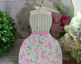 Shabby Style Cardboard Dress, Dresses, Romantic Dresses, Dress Air Freshener, Craft Dresses, Floral Dresses, Specialty Air Fresheners, Chic