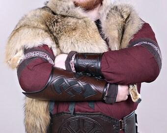Large celtic leather belt,larp,costume,cosplay,fantasy,cuir,ceinture,viking,celtic knot work