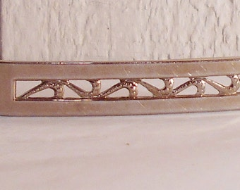 Hair barrette vintage 1960s hair jewelry silver metal cutout design Free USA Shipping