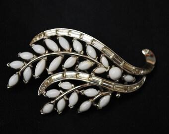 Leaf Brooch - Crown Trifari - White Milk Glass Rhinestone - Floral flower - Mid Century Pin