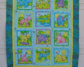 Baby Crib Quilt, Baby Blanket, Newborn, Toddler, Nursery Quilt, Jungle Animals, Organic Cotton Batting, Baby Shower Gift, Mother to be