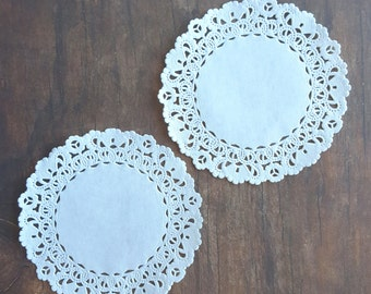 "Paper Doilies - 100 French Lace Round Paper Doilies - 4"" inch white vintage doily - 4""  Extra Small Tiny"