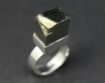 Sterling silver and pyrite ring