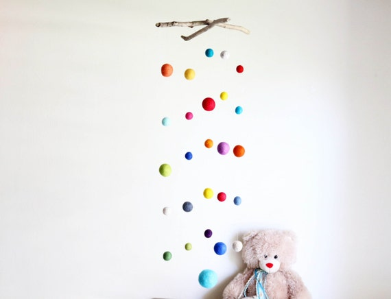 Driftwood Mobile & Felt Balls -- Colorful Poms / from 2.5 to 8.5 cm -- Long Wooden Baby Mobile --  Rustic Natural -- Ready to ship