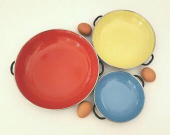 Vintage Enamel Paella Pans Mid Century Enamel Cookware Porcelain-On-Steel Red, Yellow, Blue