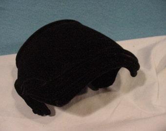 Charming Black Velvet Hat Cloche by AMY of New York Vintage
