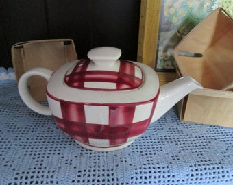 Vintage Patio Gingham teapot / Tea pot Patio Gingham