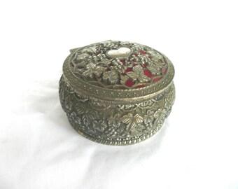 Filigree jewelry box - metal jewellery box - white metal filigree jewelry box - vintage trinket box - mid century filigree jewellery box