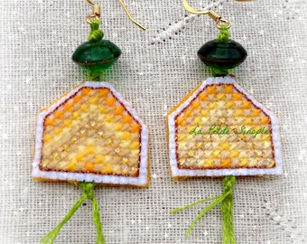 """Embroidered buckles """"The yellow Chevrons"""""""