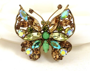 Regency Butterfly Pin // 1950s to 1960s // Costume Jewelry // Butterfly Jewelry // Designer Signed Brooch // Green // Pale Amber