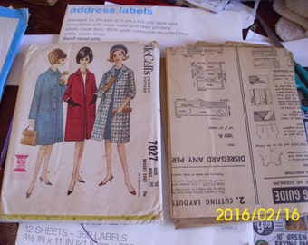 1963 Misses Coat Sewing Pattern McCall's 7027 Lined coat 3 styles  Size 16 Bust 36 inches