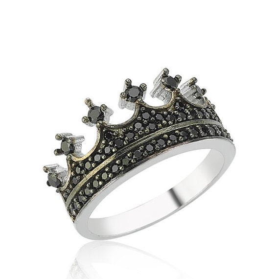 Unique promise rings for the