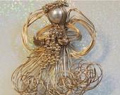 SALE 30 Angel Artisan Brooch Wire Pearl Beads