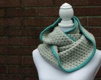Infinity scarf, crochet infinity scarf, scarf, circle scarf, grey scarf, warm infinity scarf, crochet scarf