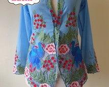 Size XS: Peranakan Nyonya Kebaya. Bird, Butterfly, Flower. on green/purple/blue