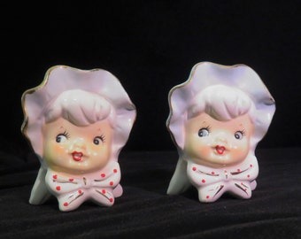 Sonsco  - Salt & Pepper Shakers, Girl in Bonnet, Made in Japan Vintage Collectible