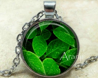 Green leaves art pendant, green leaves necklace, leaf necklace, green leaf pendant, greenery pendant, green leaf necklace, Pendant #PL204P