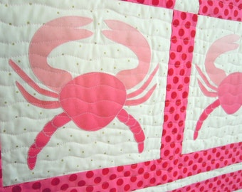 Pink Hombre Crabs: Quilted Wall Art