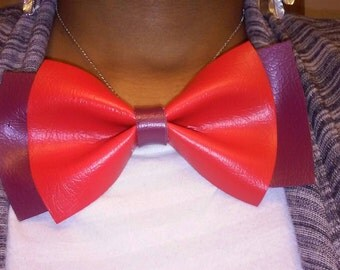 "Red and maroon bowtie necklace, bowtie, women's jewelry,""Donna"""