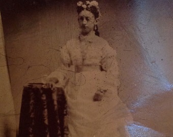 Antique tintype photo photograph tin type beautiful young woman bride bridal debutante portrait Victorian collectible photography