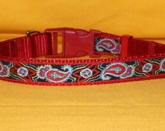 Medium Red Paisley