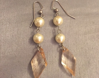 Pearl and beige earrings