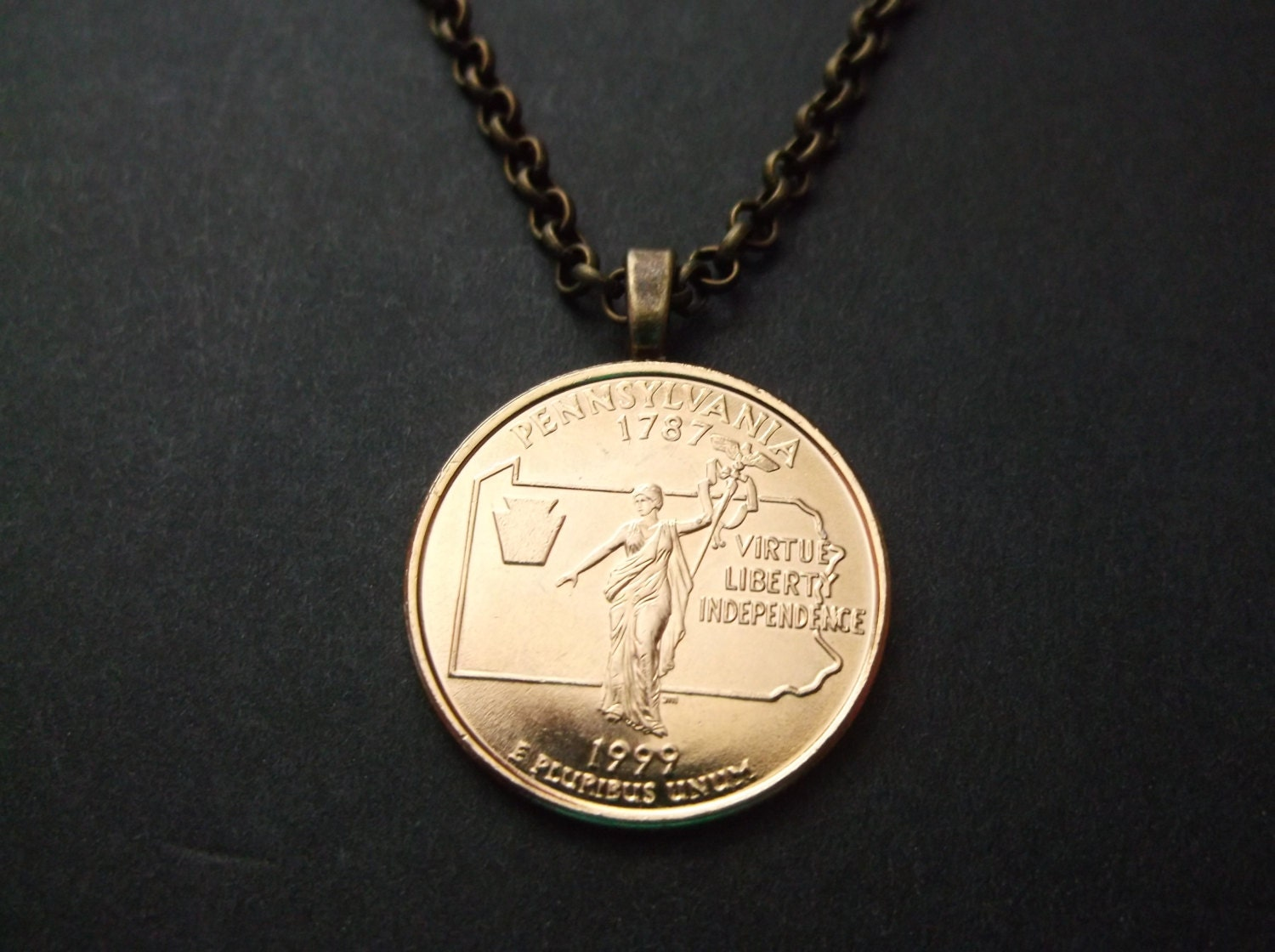 Pennsylvania United States Gold Colored Quarter Coin Necklace