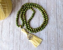 Green Mala Beads, Green Tassel Necklace, Mala bead, Buddhist Necklace, Lotus Flower Necklace, Japa Mala, 108 Mala beads, Prayer Yoga Beads