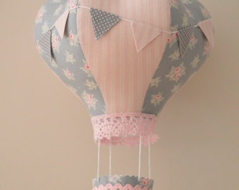Hot Air Balloon, hanging mobile, crib mobile, hot air balloon mobile, hanging decoration, nursery decor, gifts for baby, clouds, dreaming